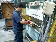 manual and power tools safety workers training ontario